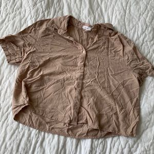 Streetwear society beige button up cropped tee